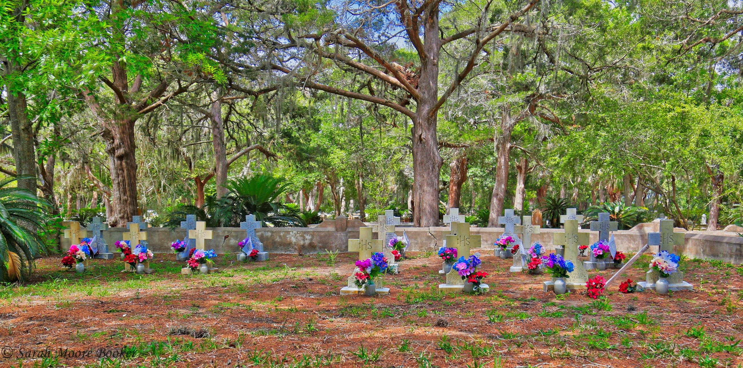 Bosque Bello Cemetery (6)